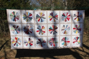 Pointed Dresden Plate Quilt